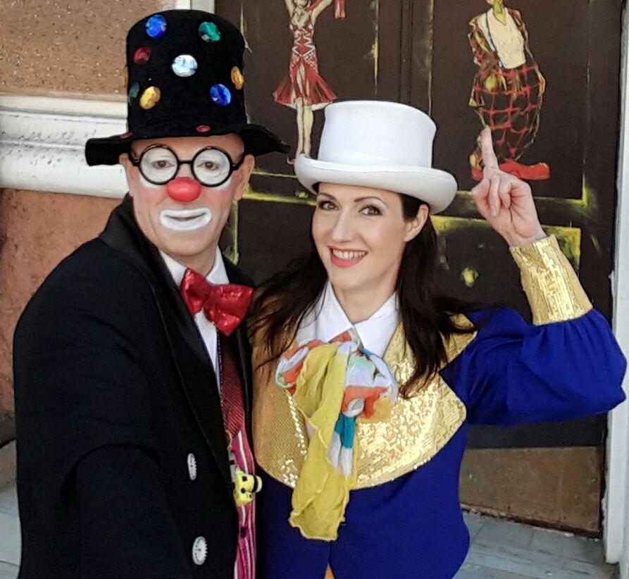 Клоуны Вячеслав Яковлев и Илона Руденко-друзья сайта detstvo.md!