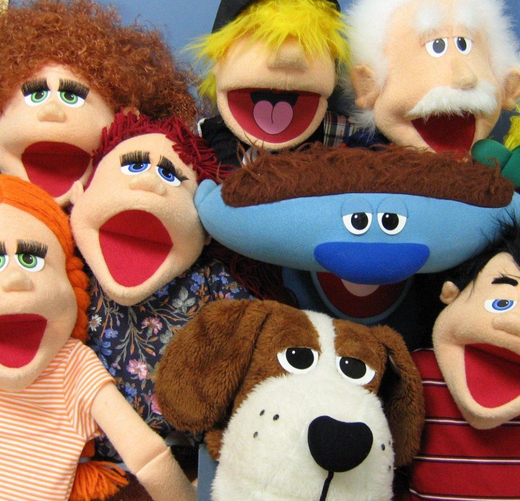 Набор в студию театральных кукол.