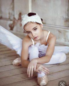 Пора записываться в балетную школу! (RU/RO)